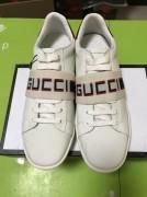 KW077 Gucci white $98 SIZE US 35-44