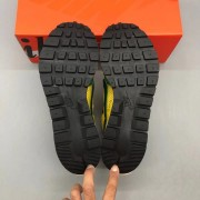 Nike Vaporwaffle sacai Tour Yellow Stadium Green Godkiller CV1363-700_微信图片_202012101725078