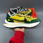 Nike Vaporwaffle sacai Tour Yellow Stadium Green Godkiller CV1363-700_微信图片_202012101725074