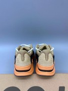 Yeezy Boost 700 'Enflame Amber'_微信图片_2021080415153115